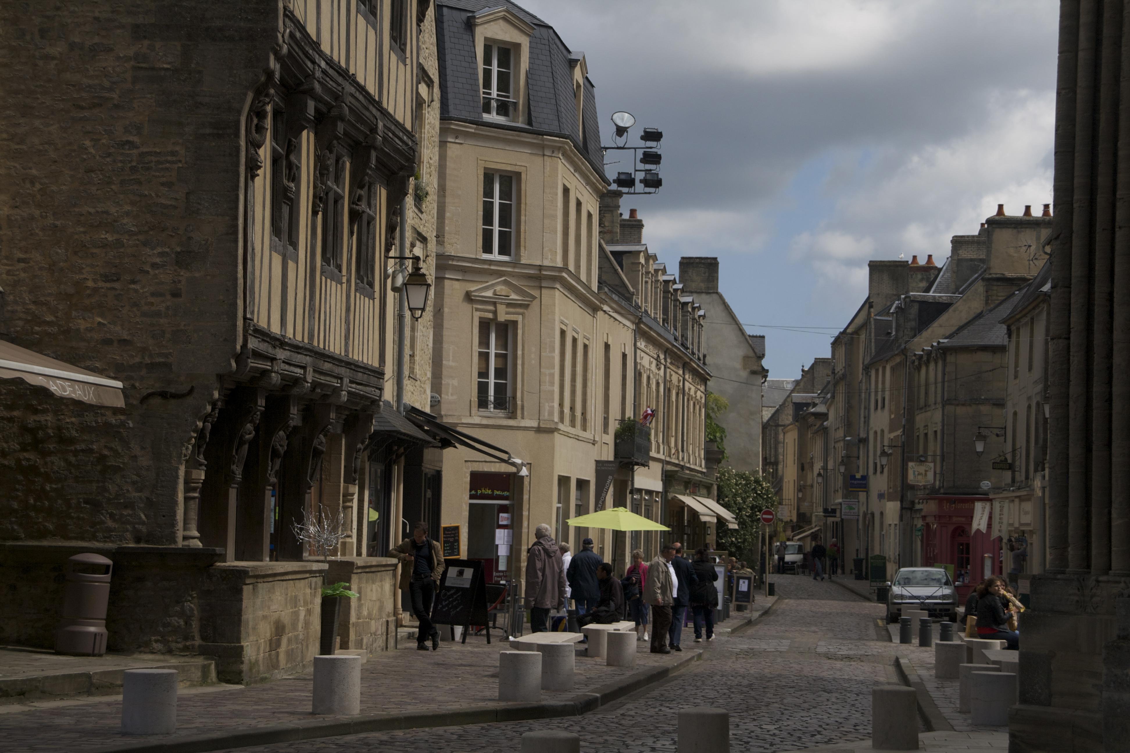 Bayeux. Normandia. Terra Enllà