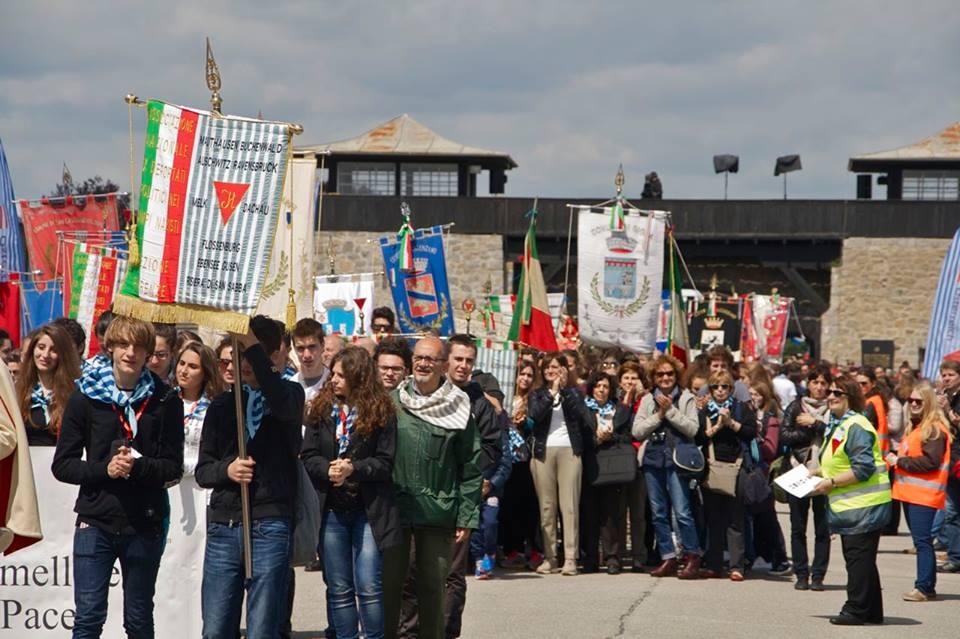 Delegació italiana a la marxa internacional